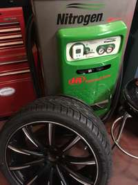 Nitrogen Gas filled tires with Lifetime service